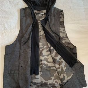 Carbon | Rue 21 | Casual Vest